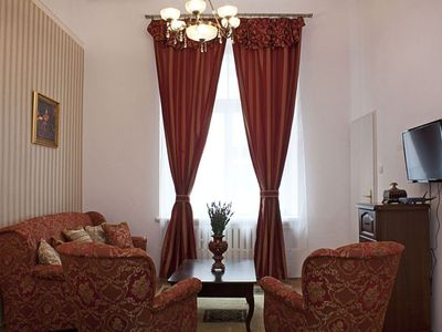 Photo for Queen And Jester apartment in Stare Miasto with WiFi.