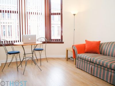 Photo for Perfect 1BR Cosy Flat – Prime West End Location