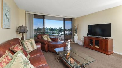 Photo for The Secret to Enjoying Your Florida Holiday while Staying on The Anchorage on Siesta Key Resort, Sarasota Condo 3375