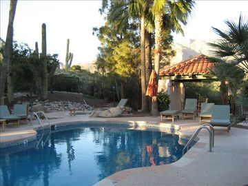 The Foothills Townhomes, Catalina Foothills, AZ, USA