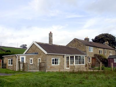 Photo for HURY LODGE, pet friendly, with a garden in Baldersdale, Ref 1933