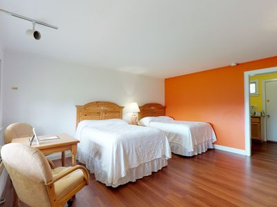 Photo for Dog-friendly condo with shared pool & tennis - close to golf & beach!