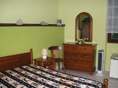 Photo for Well equipped ground floor apartment in the heart of the old town, satellite TV + Wi-Fi