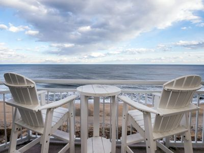 Photo for Direct Ocean Front 4 Bedroom Gateway Grand