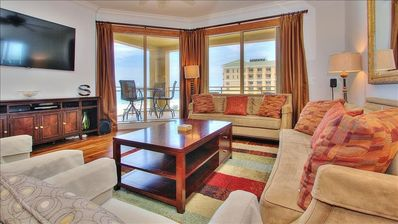 Bask in the Supreme Luxury of the Notorious Sandpearl in Clearwater Beach!