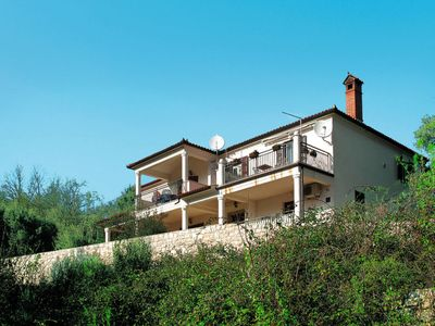 Photo for 5 bedroom Villa, sleeps 11 in Hrvatini with Air Con and WiFi
