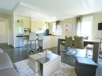 Photo for Cozy and warm 6pax RER Val d'Europe Disneyland apartment 10mn (DISNEY1)