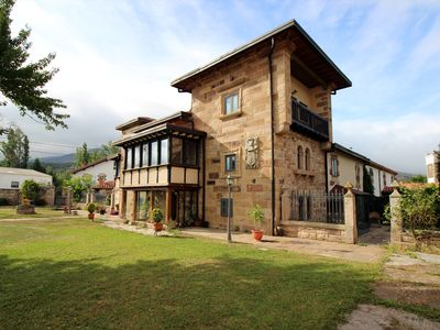 Photo for Casa Rural (full rental) Las Casonas de Don Pedro for 20 people