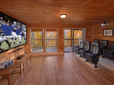 Photo for Amazing 6 Bedroom cabin with Private Home Theater