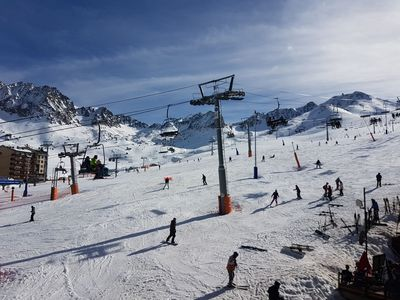 Photo for Flat for 5 persons, 43 m2, with balcony with view on the slopes and direct access on the s