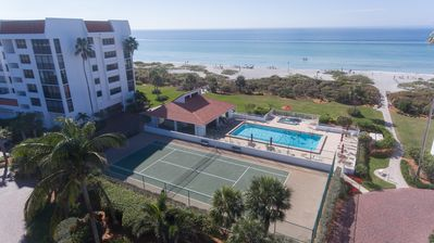 Photo for Beautiful Newly Renovated Condo Overlooking The Gulf - Monthly Rental Only