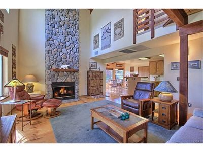 Photo for Gateway To Yosemite - Amazing Estate With Beautiful In Ground Pool And Hot Tub