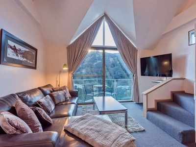 Photo for Well equipped apartment with loft, balcony and sweeping views