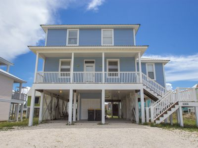 Photo for Beach, pool, tennis and pet friendly!  Great views!