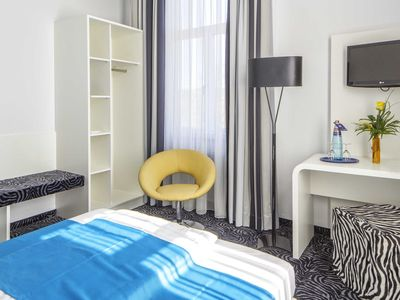 """Photo for Single Room """"modern style"""" with toilet and shower / bath - Best Western Soleo Hotel Am Park"""