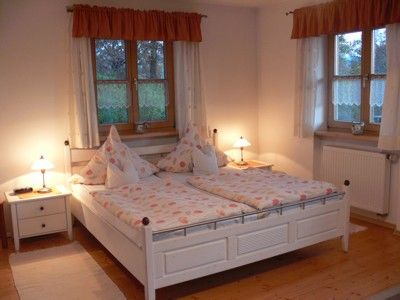 Photo for Cozy, chid-friendly holiday apartment with garden near Arber