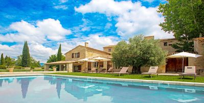 Photo for Bastide Vallat, 7-bdrm villa in the heart of Luberon, Ménerbes