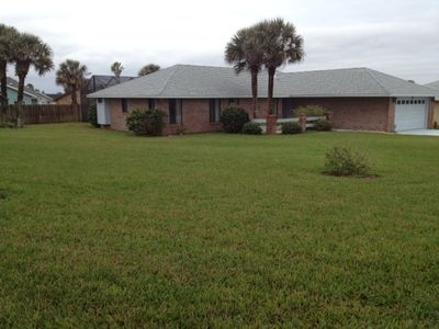 Beach House with screened, heated pool and large covered patio - Ormond  Beach