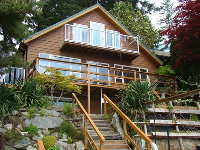 Photo for Waterfront Beach House on Apple Tree Cove/Puget Sound. Walk to Downtown&Ferry