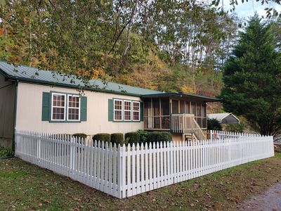 Photo for 3 BR -  2 BA - 1 NURSERY - PETS WELCOME - 3 MILES FROM THE PARKWAY!!