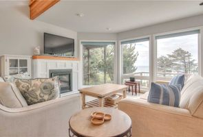 Photo for 2BR House Vacation Rental in Arch Cape, Oregon
