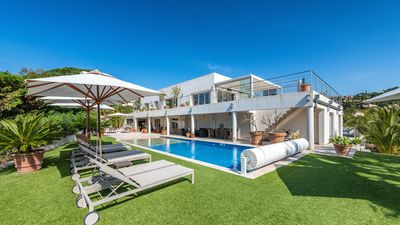 Photo for Beautiful contemporary house, with panoramic views and exceptional terraces