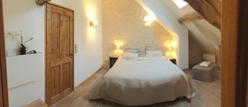 Gite and bed and breakfast, charming house, quiet bordering the forest of Vezelay - COQ DES BOIS, Chambre Mésange