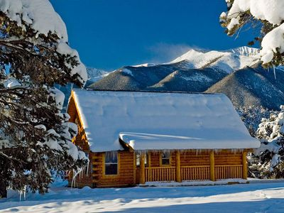 This year round resort is the perfect Colorado family vacation.