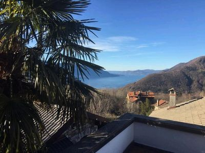 Photo for 3½ room rustico with private pool and wonderful lake view