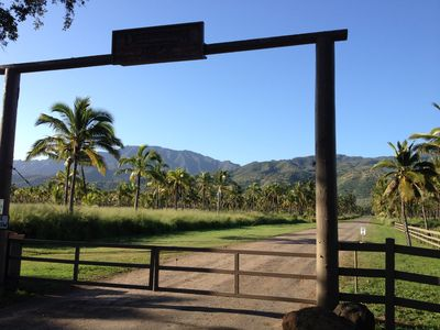 Photo for Spacious Studio In Foothills Over Mokuleia