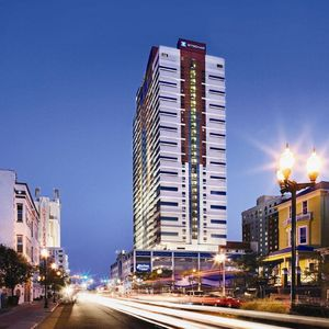 Photo for 1 Bedroom Unit at Wyndham Skyline Towers