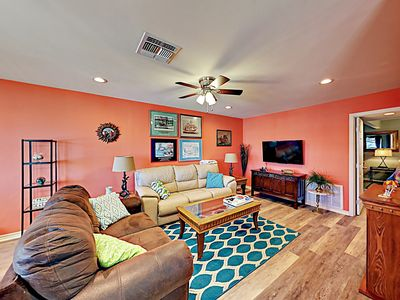 Photo for Sunny Upgraded 3BR House w/ Water Views - Close to Rockport Beach
