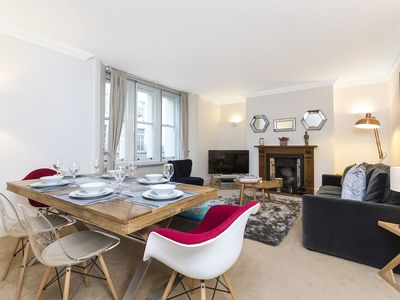 Photo for Close to Oxford Street Shopping!  Stylish and comfortable family apartment.