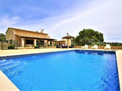 Photo for CAS BORRASSOS- Finca with pool 10 minutes from Palma. Interior Mallorca. BBQ Sat TV. Clear views. - Free Wifi