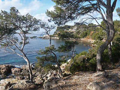 Photo for 2 bedroom Apartment, sleeps 6 in Bandol AOC with WiFi