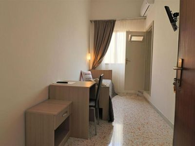 Photo for Spacious Parabita Studio 3 apartment in Parabita with integrated air conditioning & shared terrace.