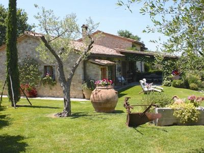 Photo for Todi beautiful 3 bed house fabulous views across Umbria Stunning private garden