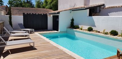 Photo for Beautiful villa with swimming pool for 8 people