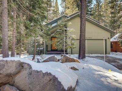 Photo for Comfortable cabin w/ shared pool & hot tub - on-site golf, near skiing and lake!