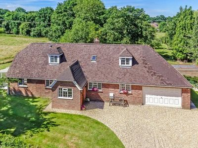 Photo for Spacious country home in West Sussex