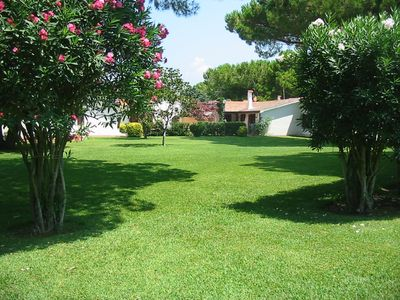 Photo for Paestum: Small villa in a green park with swimming pool and football pitch