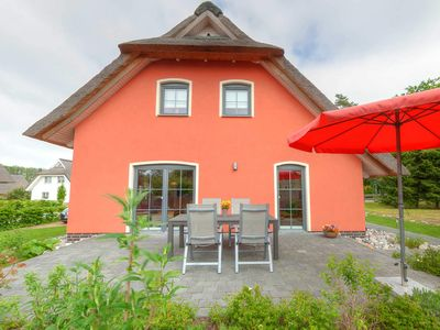 Photo for FH 8 people + 2 children -. 600 m from the beach - thatched cottage lake