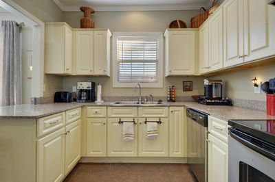 Updated kitchen with major appliances