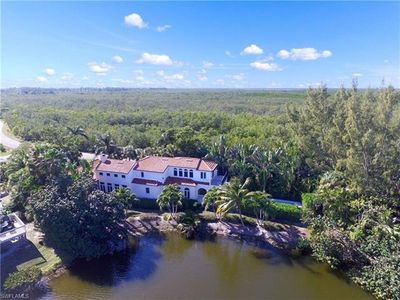 Photo for Castle By The Sea: Exquisite & Luxurious Beach Home With Lake Views!