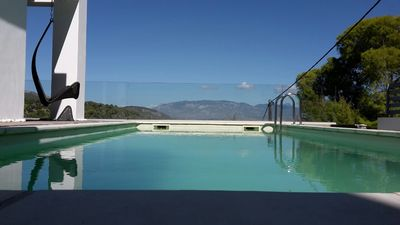 Photo for Gorgeous pool villa with stunning View