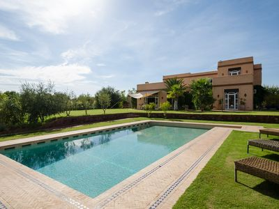 Photo for Luxury Villa and pool with stunning views of the High Atlas mountains