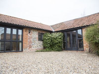Photo for 3 Bed Barn Holiday Cottage on the border of Suffolk and Norfolk