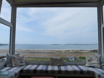 Stunning bay views and sunsets seen from all main rooms. Games room. Wetroom.
