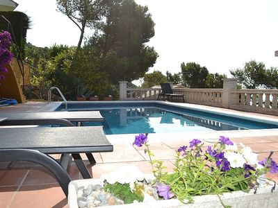Photo for Spacious detached Villa with Private Pool And Fantastic Sea Views