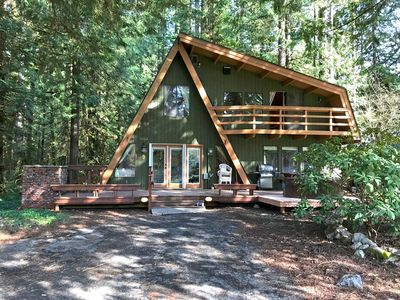 Photo for Mt. Baker Lodging – Cabin #30 – HOT TUB, PETS OK,FIREPLACE, W/D, SLEEPS 6!  9986